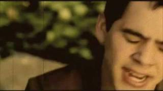 Your Eyes Don't Lie: MV