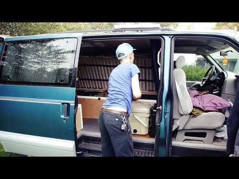 Safari / Astro Tour Van Build #6 - Packing it All In / Hurt my Foot!