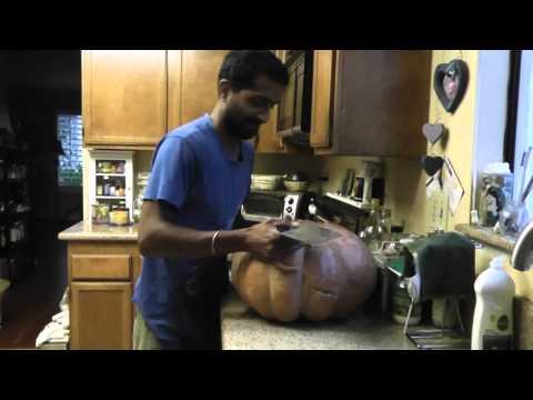 , title : 'Musquee de Provence Pumpkin Cutting - The Growing Home - TheGrowingHome.Net