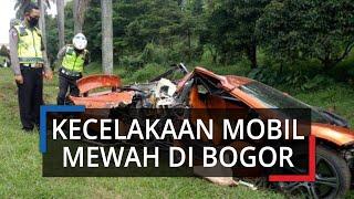 Kecelakaan Mobil Sport Mewah di Bogor Nyungsep di Pinggir Tol, Kondisinya Hancur