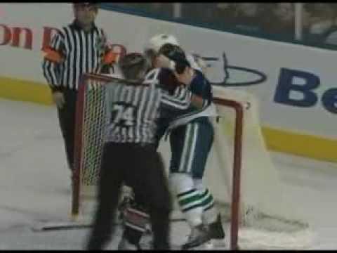 Steve Staios vs. Jason Jaffray