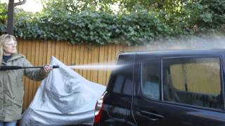 How to clean a car with a pressure washer