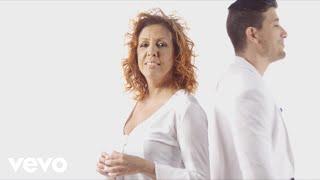 El Besito - Albita  (Video)