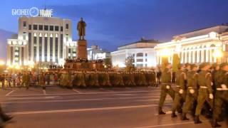 Репетиция парада Победы на площади Свободы в Казани (2016)