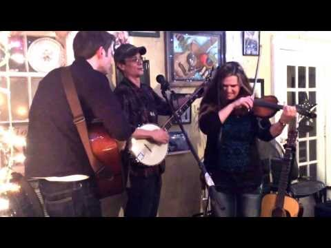 Here's another wonderful song by our friends, Good Medicine, at the Star Cafe Jan 18, 2014!