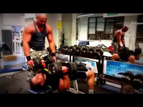 Ból w mięśniach naczyń udowych