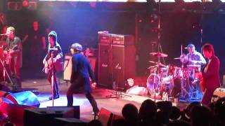 Beady Eye - Three Ring Circus SHORT (TCT Royal Albert Hall)