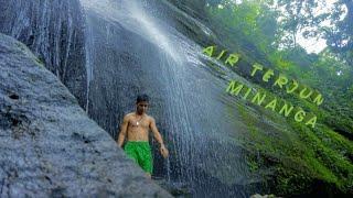 preview picture of video 'AIR TERJUN MINANGA, desa bunglai, kec aranio, kab banjar, kalimantan selatan, indonesia'