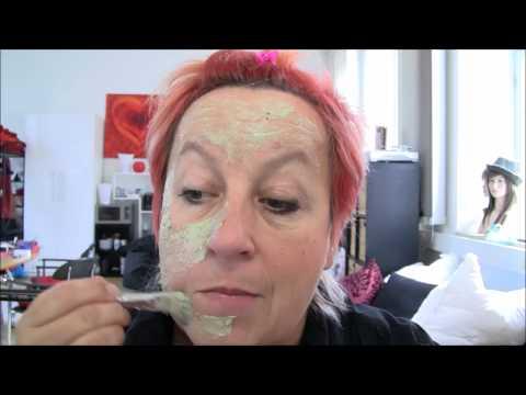 Die Masken auf die Person wem für 60