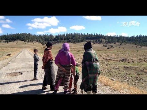 مغاربة منسيون على قارعة الطريق.. بعد أن فاتهم قطار التنمية السريع