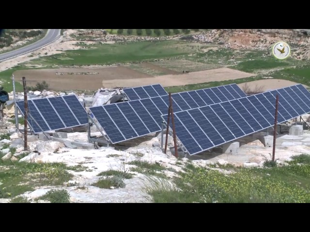 تركيب الخلايا الشمسية في منطقة بيرين الخليل