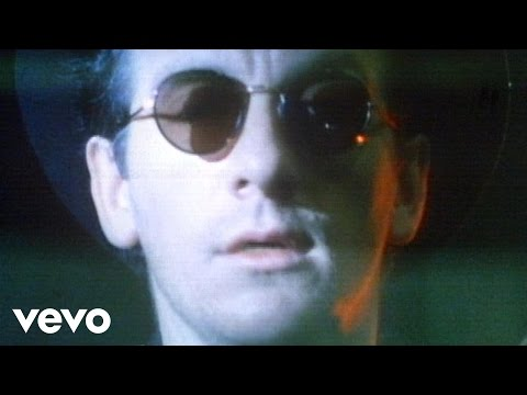 Elvis Costello - Don't Let Me Be Misunderstood