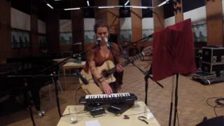'Not Over Yet' Live in der Ö1 Radiosession