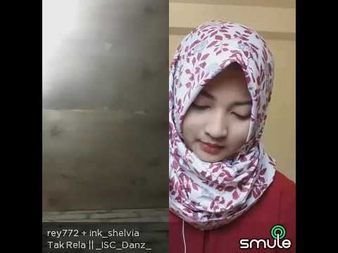 Cewek cantik nyanyi smule  Suaranya merdu - Ahmad Readi