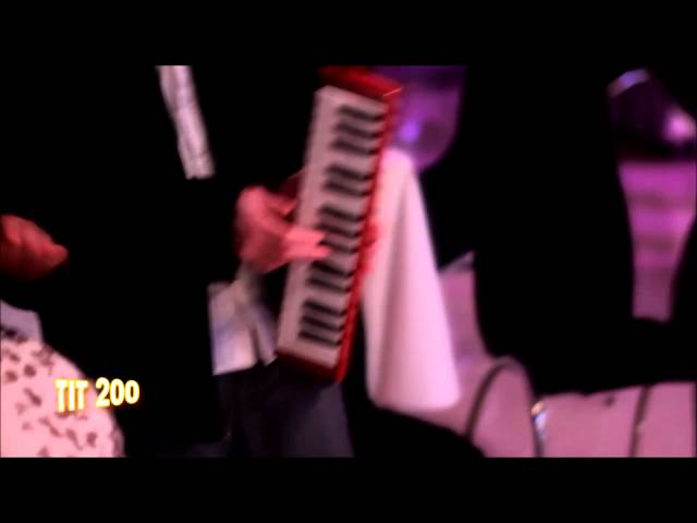 קליפ נגינה ליד כסא כלה של אילן דמרי (המדרגות) ולהקת 200 זוז