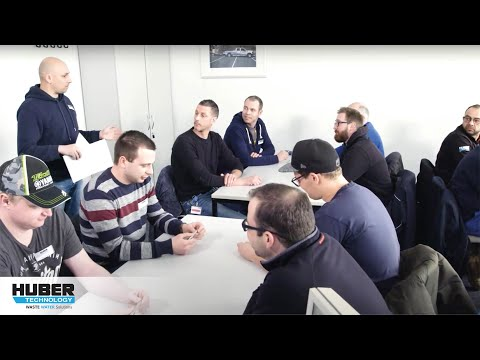 Video: HUBER Service technicians - qualified expert staff