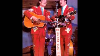 The Wilburn Brothers ~ The Knoxville Girl (1967) [LIVE]