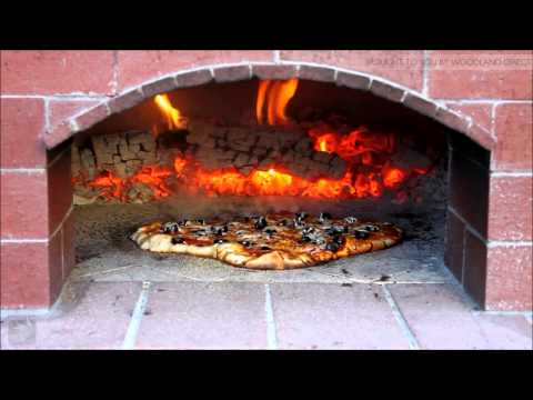 The 3 Minute Pizza by BrickWood Ovens