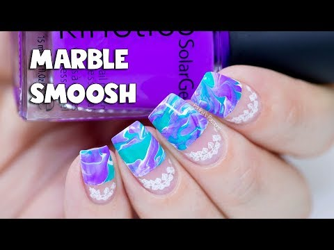MARBLE SMOOSH NAIL ART & STAMPING LEAVES