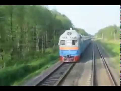 When A Russian Train Operator Need A Cigarette This Is What He Does