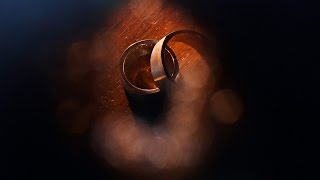 Shooting Wedding Rings With Flash Light - Creativity On The Wedding Day. Tutorial For Photographers.