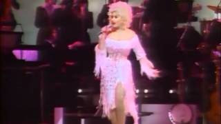 Dolly Parton Live In London 1983 03 Two Doors Down