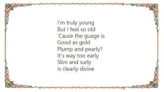 Bows - Big Wings Lyrics
