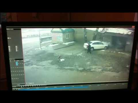 В Дагестане автомобиль врезался в автомойку