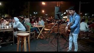 Download lagu Ikhlasku Bahagiamu Tri Suaka Mp3