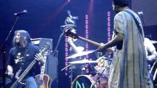 Металл-группа Металлика, Басист METALLICA сыграл с барабанщиком BAD RELIGION в 'Drum Off Grand Finals'