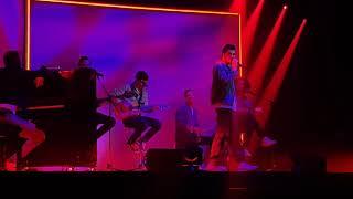 """Concert Amir """"Addictions"""" Forest National 26032019   Sors De Ma Tête & Lost (Au Coeur De Moi)"""