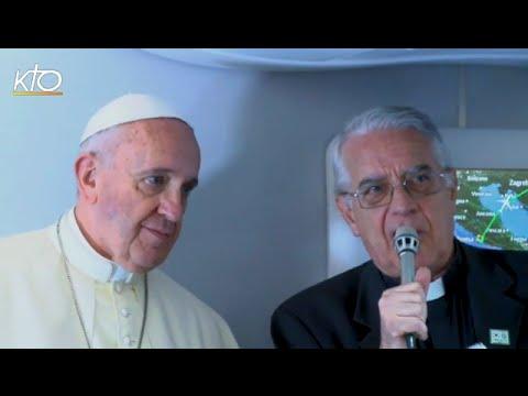Vol papal vers la Corée