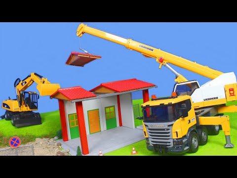 Kran, Bagger, Lastwagen & Spielzeugautos Baustelle für Kinder | BRUDER Toys Spielwaren