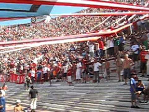 """1ra Fecha. Recibimiento a full!."" Barra: La Barra del Rojo • Club: Independiente • País: Argentina"
