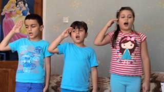 "Azeri çocuklar ""Yaşa Mustafa Kemal Paşa""yı Okudu."