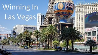 LAS VEGAS Strip Tour | Walking And Winning In Las Vegas | BIG SLOT WINS | SMASHBURGER | JULY 2020