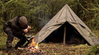 Solo Bushcraft: Alone in the Wilderness [MOVIE]
