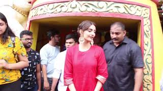 Sonam Kapoor interacting with Fans on a visit to Shani Mandir