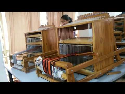 Handloom Machine at Best Price in India