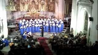 preview picture of video 'Natus est in Bethlehem - Escolanía de Segovia'