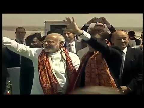 मोदी और माइक्रोन मिर्जापुर में सौर्य ऊर्जा प्लांट का किया उद्घाटन | Modi maicron enograt saury urja.