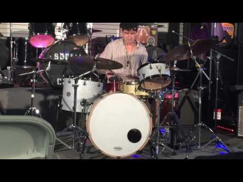 Free style solo done at my drum clinic at San Diego School of Rock