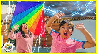 Learn about Kite Experiment and Benjamin Franklin! | Educational Video for kids!