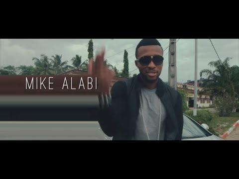 Mike Alabi feat Serge Beynaud - waka jaye (clip officiel}