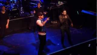Jordan Knight and Donnie Wahlberg - Stingy (live in NYC)