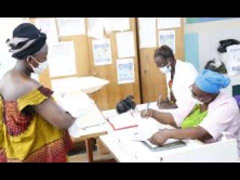 Côte d'Ivoire : L'UNFPA accompagne le ministère de la Santé dans la sensibilisation pour la continuité des services de soins.