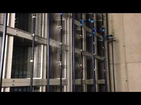 Aernova Filtro elettrostatico Autolavante - Dettaglio lavaggio celle.