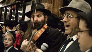 Kos Shel Bracha with a Violin | Motzei Shavuos, 5743