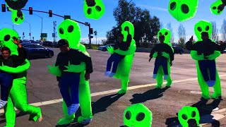 Invading My City With 100 Aliens! (FREAKOUT)