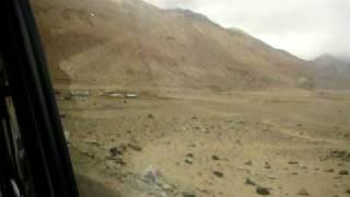 preview picture of video 'Karakoram Range above Leh, Ladakh (Kashmir)'